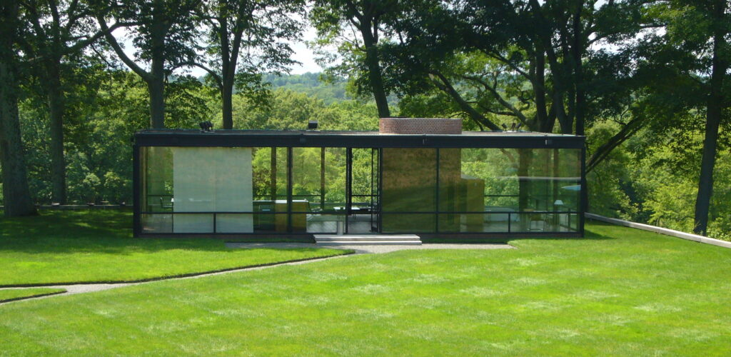 Glasshouse philip johnson Iconic Buildings, The Top 24 Most Beautiful Structures Around The World