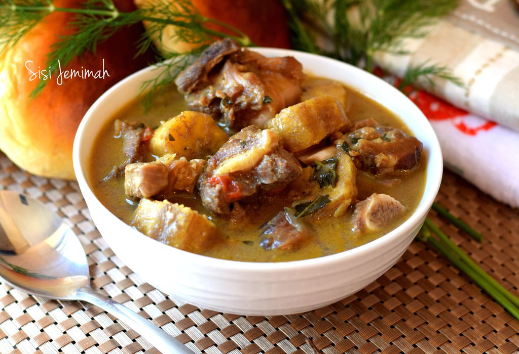 Goat meat and plantain pepper soup 14 8 Nigerian Dishes You Must Try