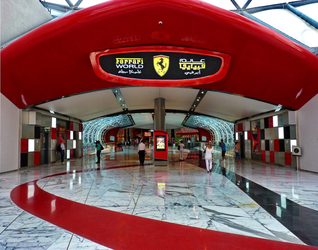 Il museo Ferrari Abu Dhabi panoramio Top 5 Places You Should Visit In Abu Dhabi