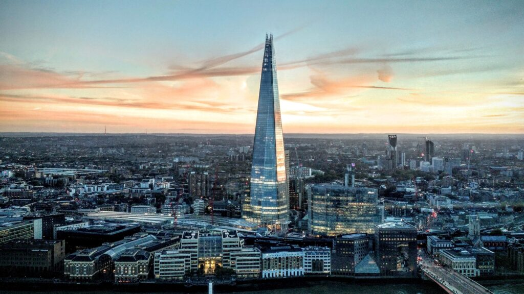 The Shard Skyscraper in London England 4K Wallpapers 1 Iconic Buildings, The Top 24 Most Beautiful Structures Around The World