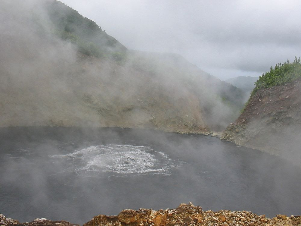 boiling lake dominica 161 Top 10 Most Amazing Lakes In The World