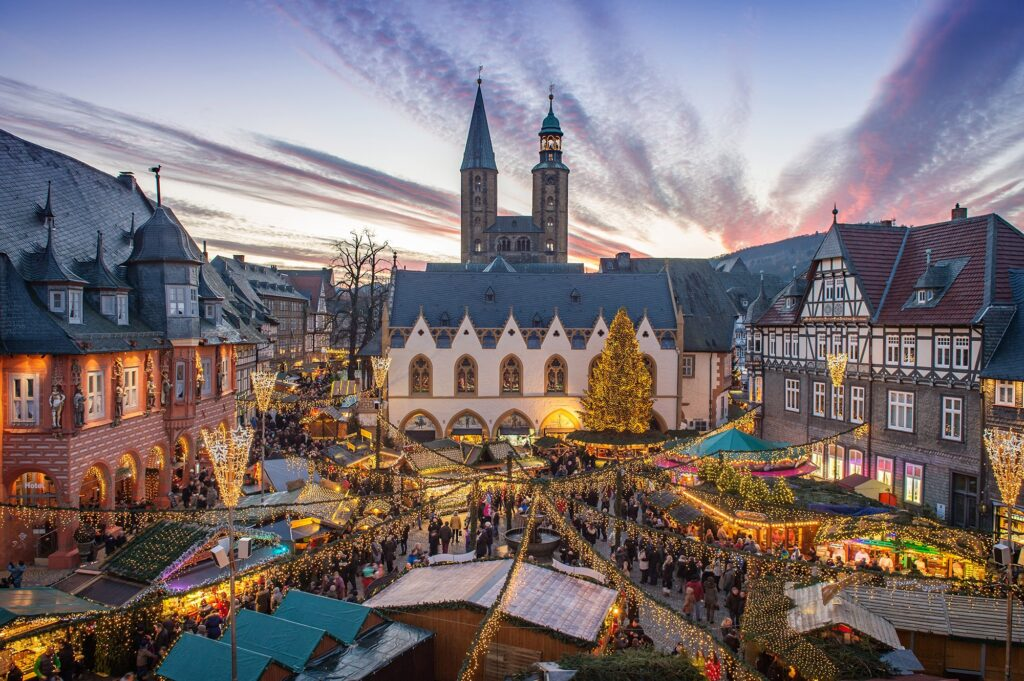 f82ecfc3 8cd0 4a95 91c4 e5d9d678df99 72 gmg 01 goslar christmas market fotograf stefan schiefer 16 Beautiful And Captivating Sites In Europe You Have To Visit