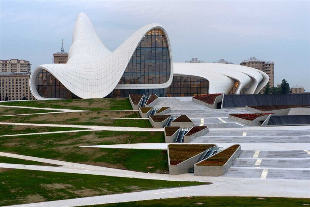 f86de71a8f1b0ee6f623675b84571f38 Iconic Buildings, The Top 24 Most Beautiful Structures Around The World