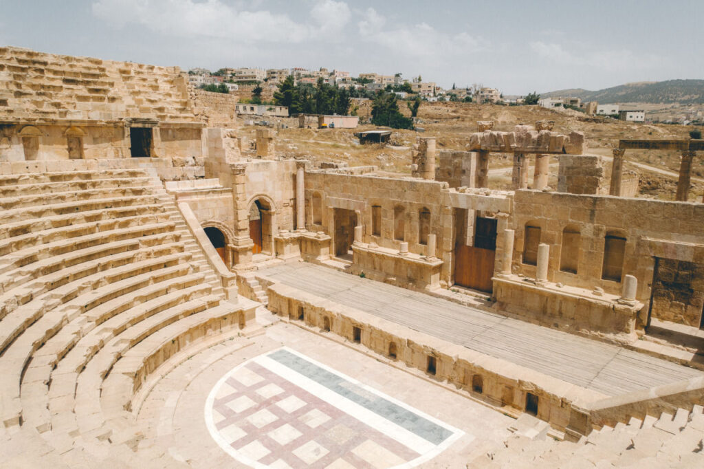 jerash public bus jordan main image 25 Of The Best Tourist Attractions In The Middle East