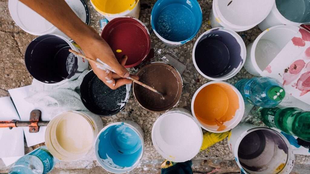 painter 1246619 1280 Royal Institute of Painters Now Open for 2021 Applications