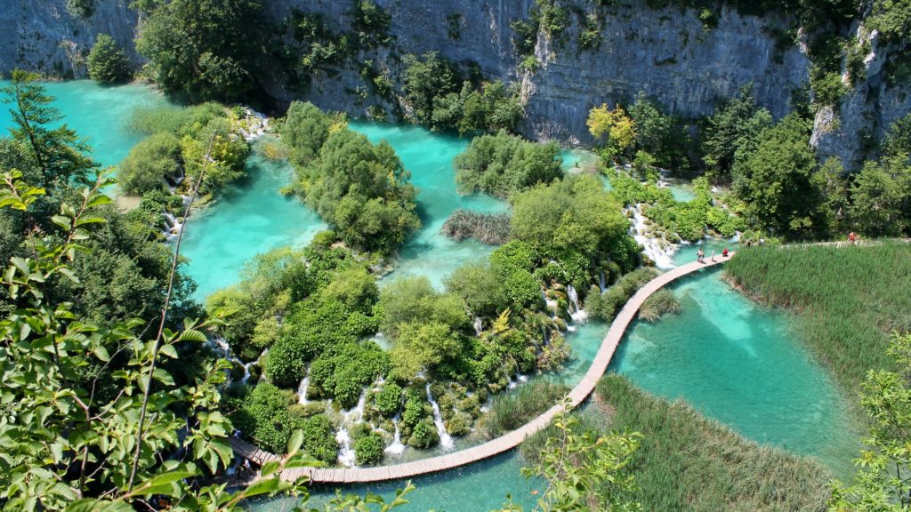 pascal habermann A6hoSqrce5U unsplash 1024x576 1 Top 10 Most Amazing Lakes In The World
