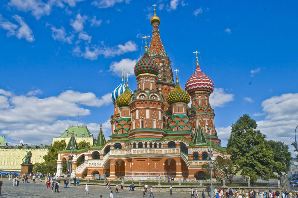 st basils cathedral 1 Iconic Buildings, The Top 24 Most Beautiful Structures Around The World