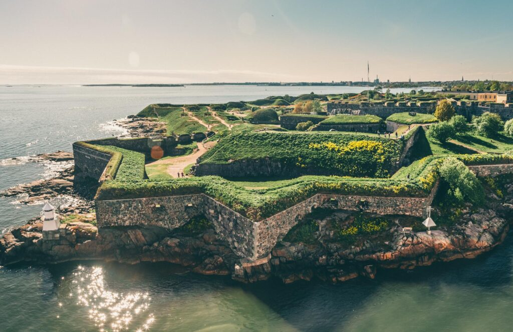 suomenlinna daily tour 61 16 Beautiful And Captivating Sites In Europe You Have To Visit