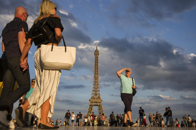 travel tips to paris