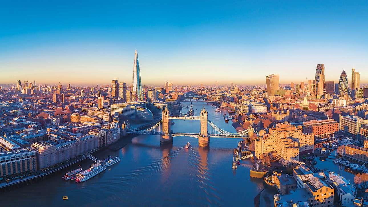 oldest buildings in london